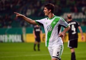 VfL Wolfsburg v VfR Aalen - DFB Cup